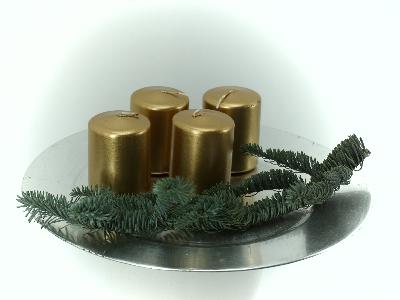 Stumpen Kerzen gold